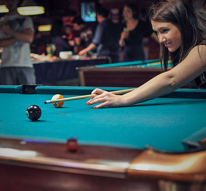 home_billiard_img3